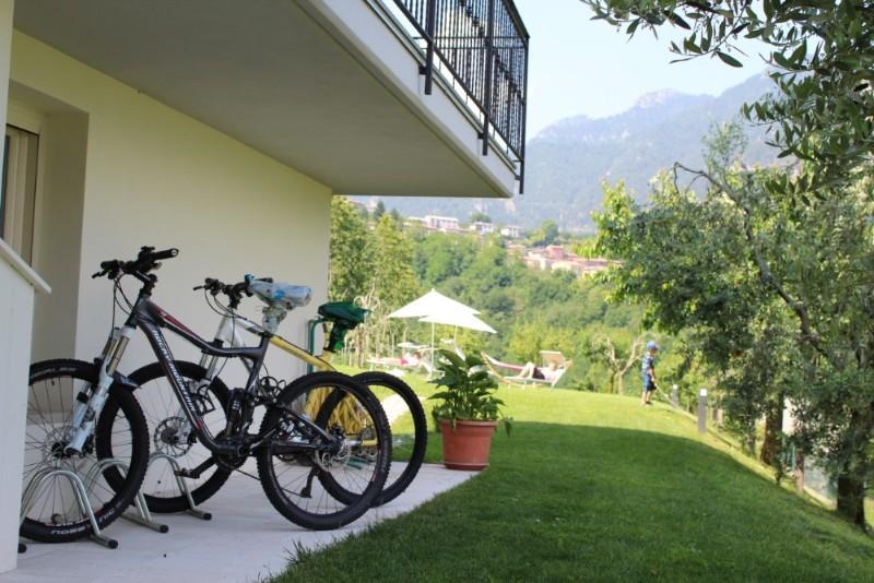 H_Esterno_bikes_IMG_3324_800x